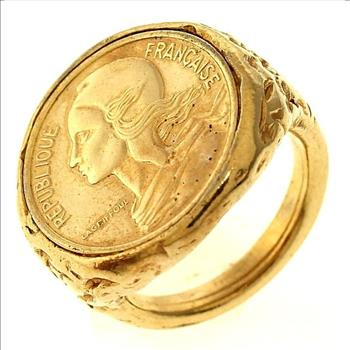 Gold-Tone Ring With 1986 French 5 Centimes Coin Inlay ...