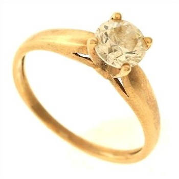 2 1 gram 10kt yellow gold ring with colorless