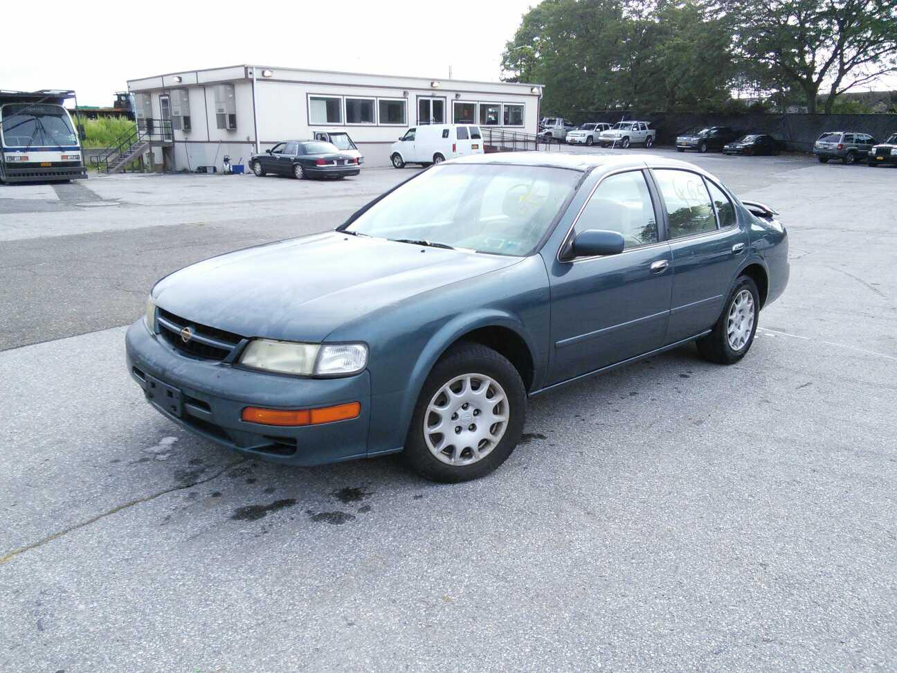car deals 1998 nissan maxima valued at 1 837 property room blog property room blog